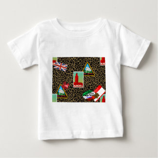 world traveler baby T-Shirt