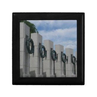 World War II Memorial Wreaths I Gift Box