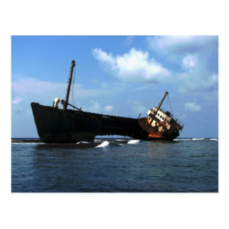 "Wreck of the ""Cavalier"" E Coco Banderos, Panama Postcard"