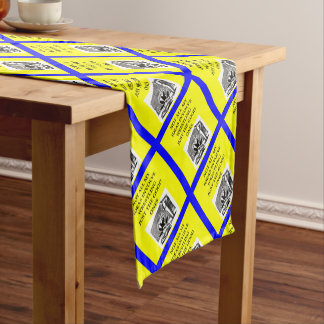 WRESTLING SHORT TABLE RUNNER