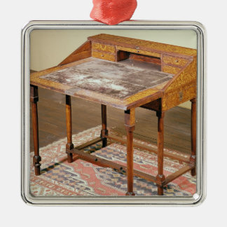 Writing desk, walnut with arabesque marquetry Silver-Colored square ornament