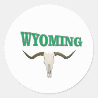 Wyoming skull classic round sticker
