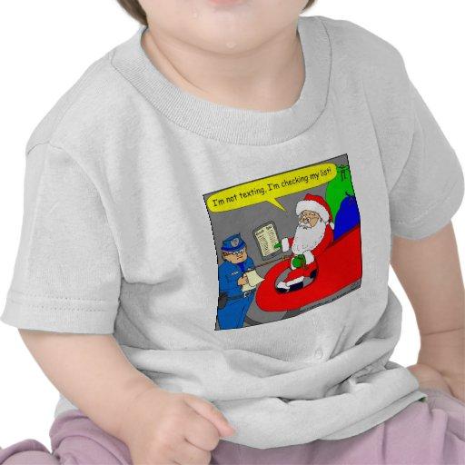 x02 Santa is texting and driving - cartoon Tshirt