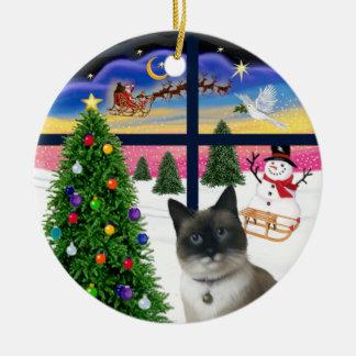 Xmas Window - Snow Shoe Cat Ceramic Ornament