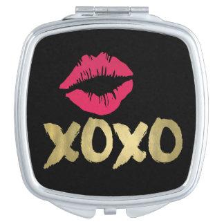 XOXO Faux Gold & Pink Lips | Black Makeup Mirrors