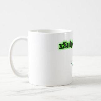 xSnIpEs mug