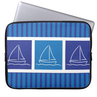 Yacht pattern laptop computer sleeve
