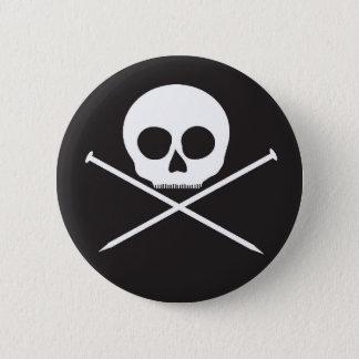 YarnCore Skull and Cross Needles 2 Inch Round Button