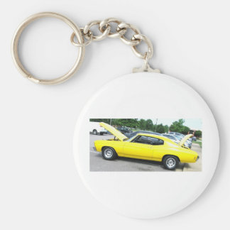 Yellow '72 Chevelle Keychain