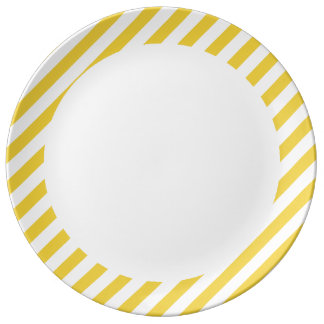 Yellow and White Diagonal Stripes Pattern Plate