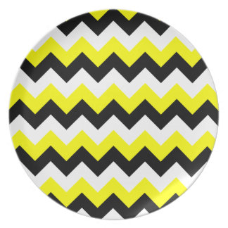 Yellow Black and White Zigzag Plates