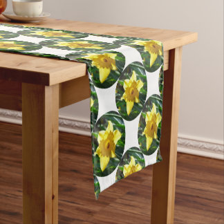 Yellow Daffodil 02.2_rd Short Table Runner