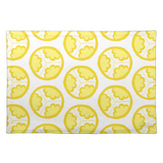 Yellow floral spheres placemat