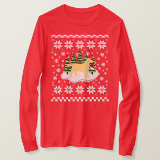 Yellow Labrador Christmas Evergreen Snowflakes T-Shirt