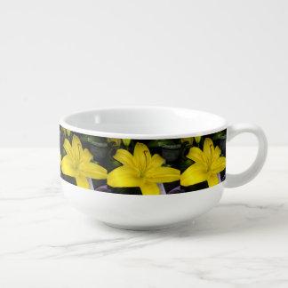 Yellow Lily Soup Mug