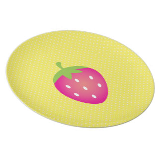 Yellow Polka Dot Strawberry-Fruit Picnic #2 Party Plates