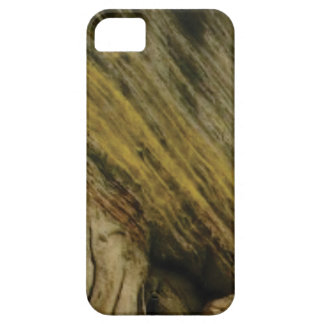 yellow slashes in the rock case for the iPhone 5