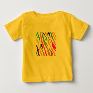 Yellow tshirt with Giraffe pattern