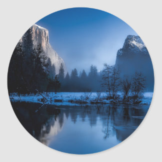 yellowstone-national-park classic round sticker