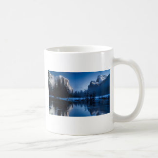 yellowstone-national-park coffee mug
