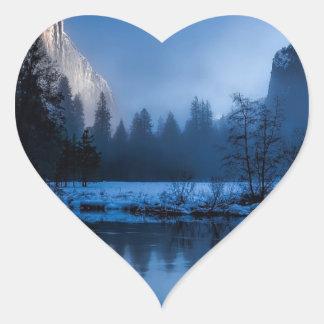 yellowstone-national-park heart sticker