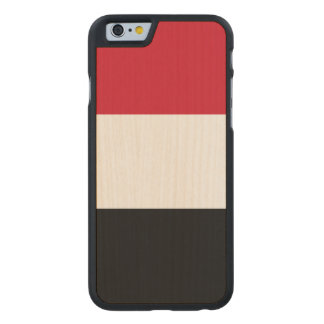Yemen Flag Carved® Maple iPhone 6 Slim Case