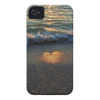 Yes, the Ocean Knows iPhone 4 Case