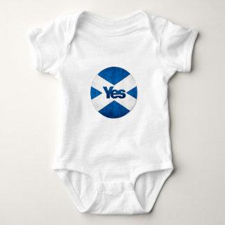 Yes to Independent Scotland 'Saor Alba Go Bragh' Baby Bodysuit
