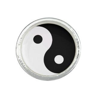 Yin and Yang Rings
