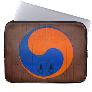 Yin and Yang symbol, South Korea Computer Sleeves