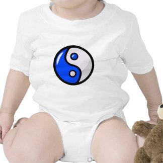 Yin bleu brillant Yang dans l'équilibre T-shirts