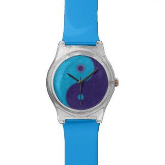 yin-yang blue symbol wrist watch