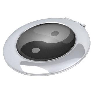 Yin yang compact mirror
