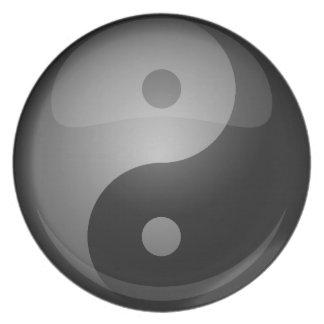 Yin yang party plate