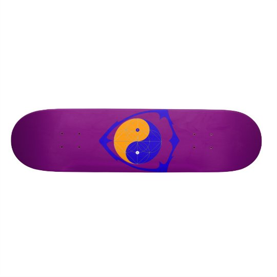 Ying the yang skate board deck
