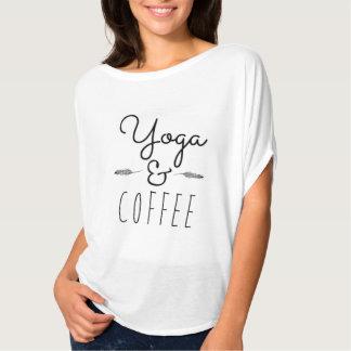 Yoga et pièce en t de graphique de café t-shirts