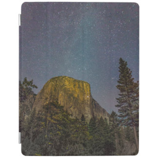 Yosemite Valley El Capitan night sky iPad Cover