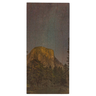 Yosemite Valley El Capitan night sky Wood USB Flash Drive