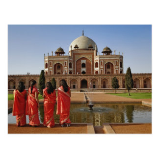 Young Indian ladies and Humayun's Tomb, Delhi, Postcard