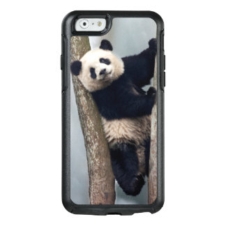Young Panda climbing a tree, China OtterBox iPhone 6/6s Case