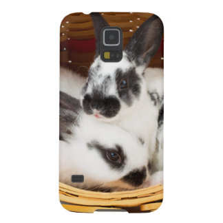 Young Rex rabbits in Easter basket 2 Galaxy S5 Covers