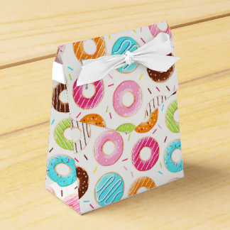 Yummy colorful sprinkles donuts toppings pattern favor box