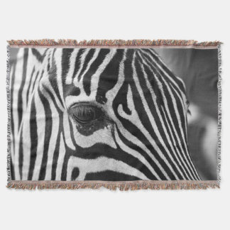 Zebra cloe-up throw blanket