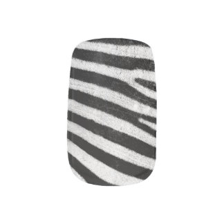 Zebra Fur Nail Art