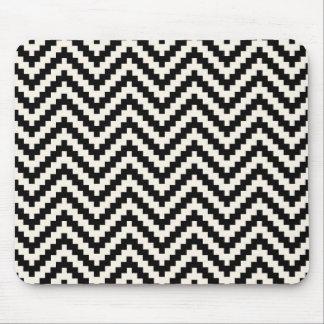 Zigzag Chevron Vertical Stripe in Black Mouse Pad