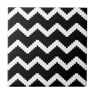 Zigzag geometric pattern - black and white. tile