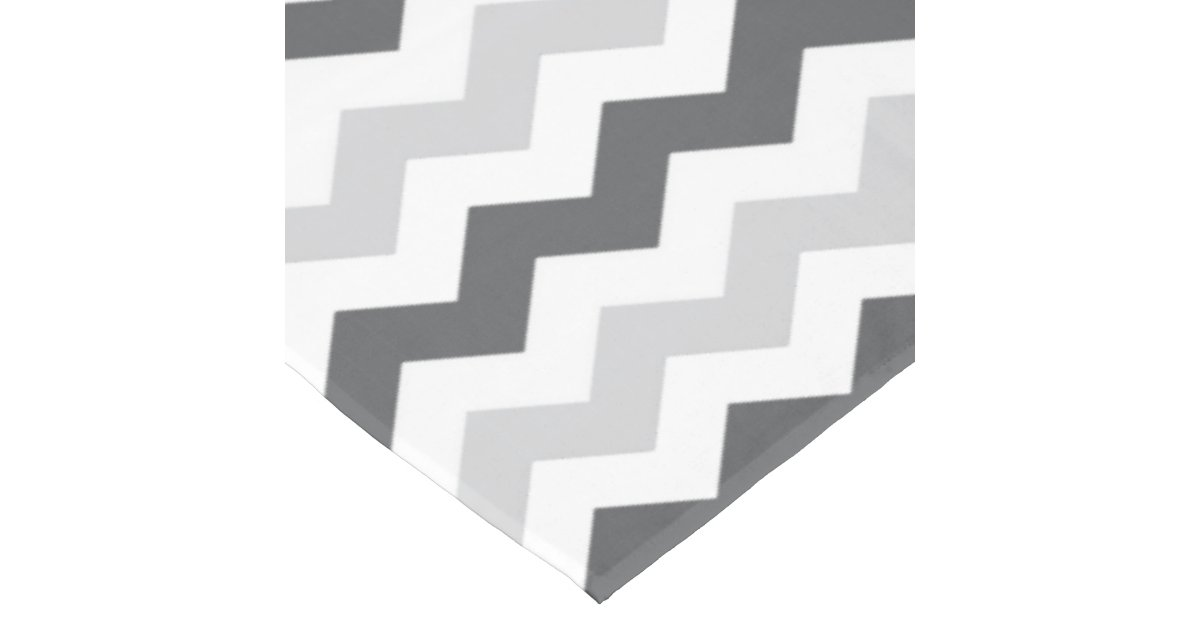 zigzag gris et noir et blanc simple de chevron nappe zazzle. Black Bedroom Furniture Sets. Home Design Ideas