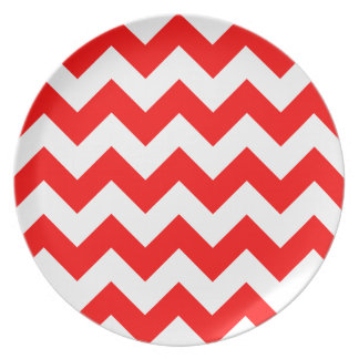 Zigzag I - White and Red Plates