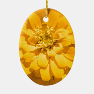 Zinnia Ceramic Oval Ornament
