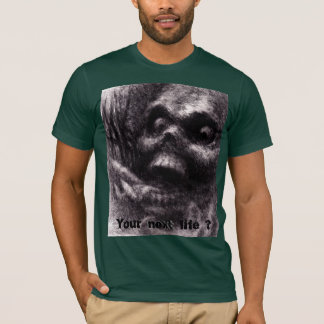 Zombie Skull, rising from the grave screaming. T-Shirt